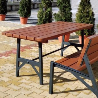 Urban asztal